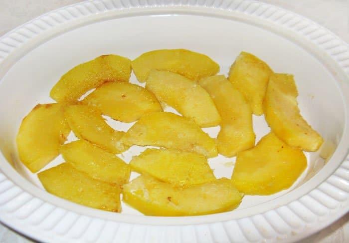 Фото рецепта - Запеканка из тыквы и брюссельской капусты с грибами - шаг 5