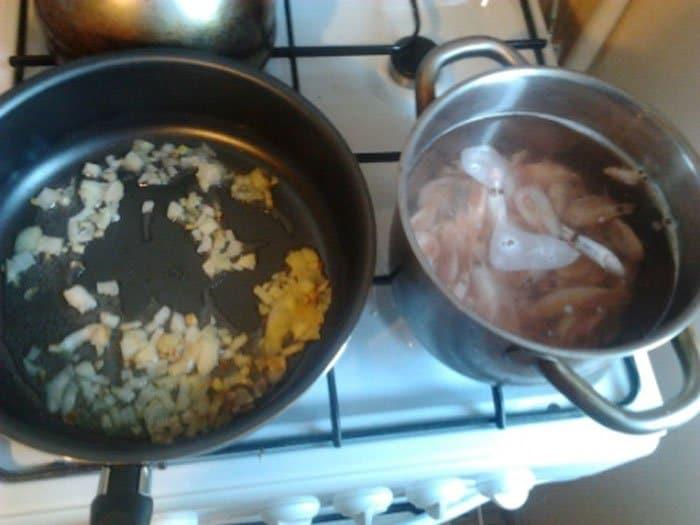 Фото рецепта - Рис с креветками и овощами - шаг 1
