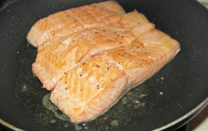 Фото рецепта - Маринованная жареная семга - шаг 4