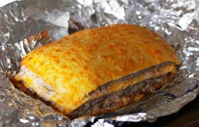 Фото рецепта - Слоеный сырный пирог с куриным фаршем - шаг 11