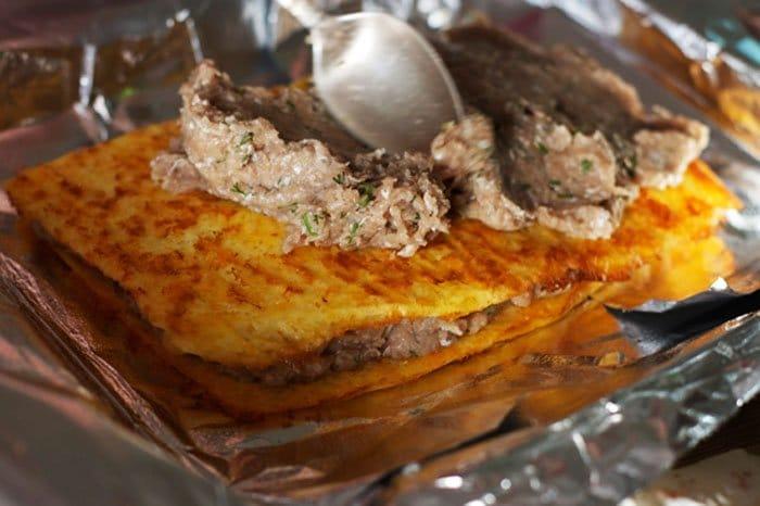 Фото рецепта - Слоеный сырный пирог с куриным фаршем - шаг 7
