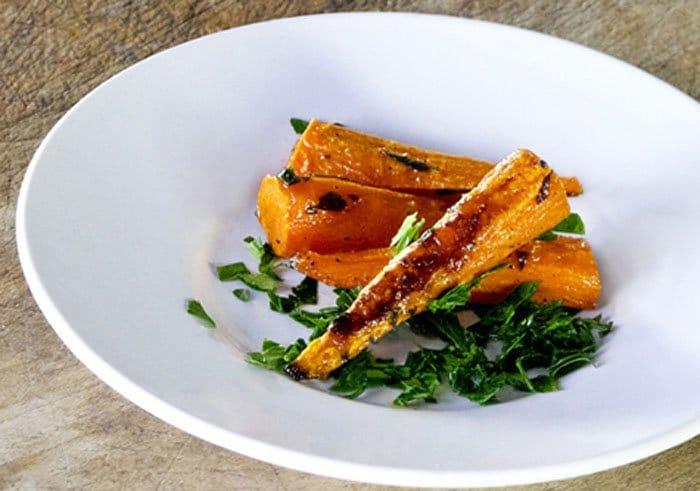 Фото рецепта - Запеченная морковь - шаг 3