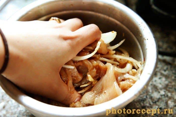 Фото рецепта - Жареная куриная грудка по-корейски - шаг 2
