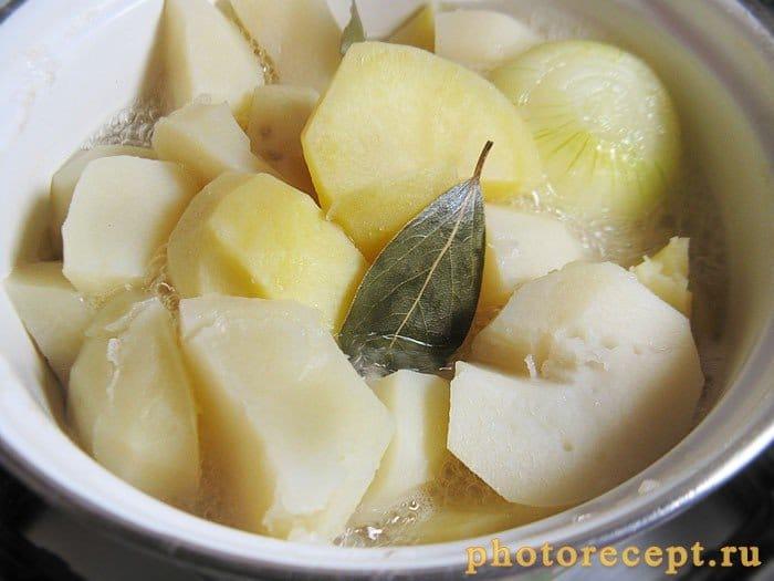 Фото рецепта - Картофельное пюре с молоком - шаг 1