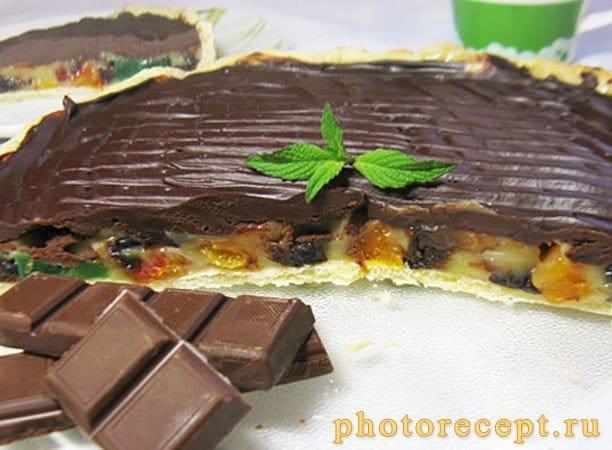 Пирог с ириской и сухофруктами под ганашем - рецепт с фото