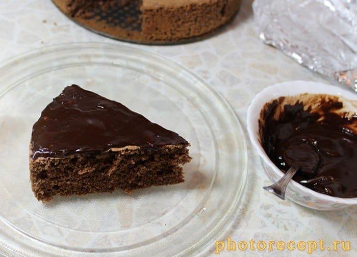 Фото рецепта - Темное шоколадное пирожное Ёлка - шаг 11