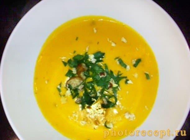 Тыквенный суп-пюре с каштанами