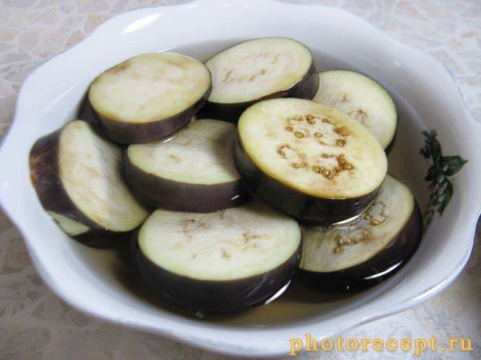 Фото рецепта - Закуска из баклажан с помидорами - шаг 2