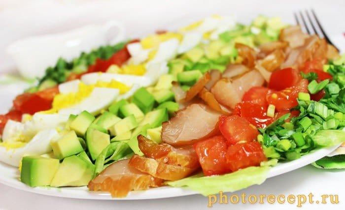 Фото рецепта - Салат с авокадо и карпаччо из курицы - шаг 7