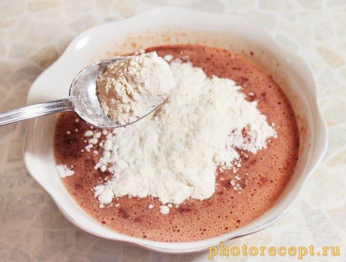 Фото рецепта - Печеночный торт - шаг 4