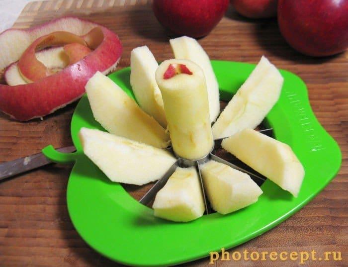 Фото рецепта - Сладкий тарт с яблоками - шаг 2