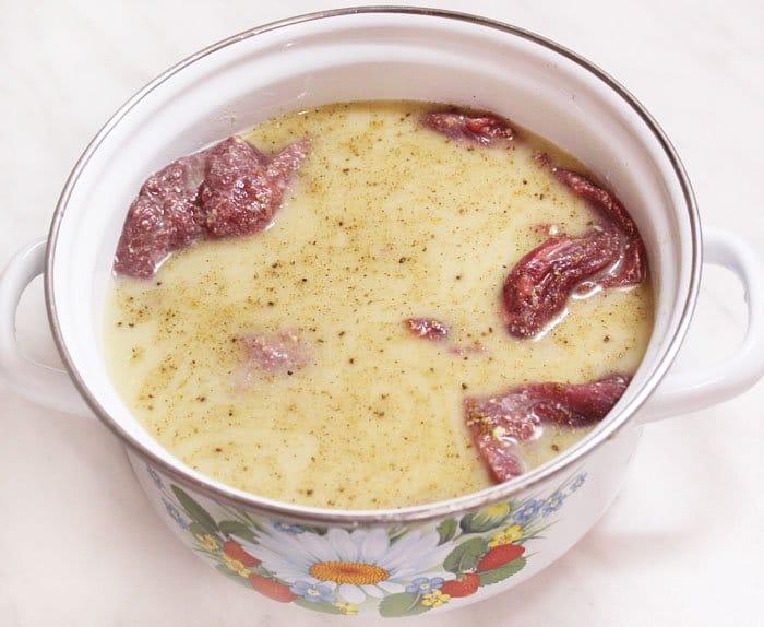Фото рецепта - Запеченная говядина с грибами и шпинатом в тесте - шаг 2