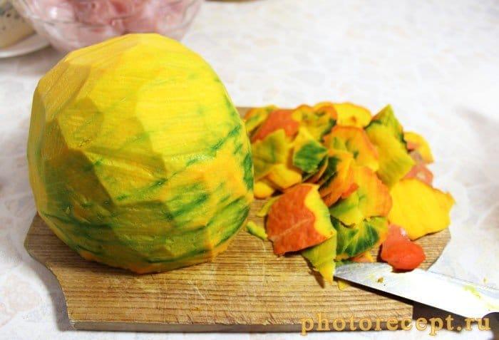 Фото рецепта - Запеченная тыква с курицей под сыром - шаг 2