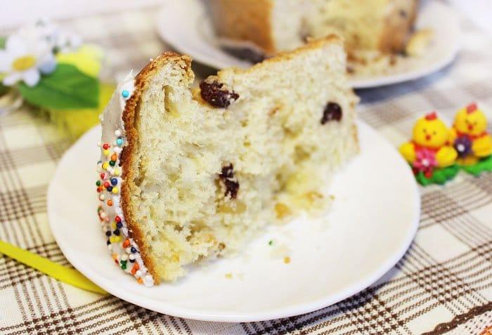 Фото рецепта - Кулич с клюквой и кедровыми орешками - шаг 9
