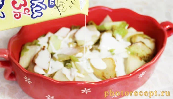 Фото рецепта - Запеченный сельдерей с перцем, сыром и сливками - шаг 5