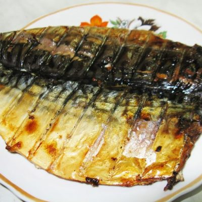 Шашлык из скумбрии - рецепт с фото