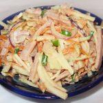 Салат из кольраби с ветчиной и морковью