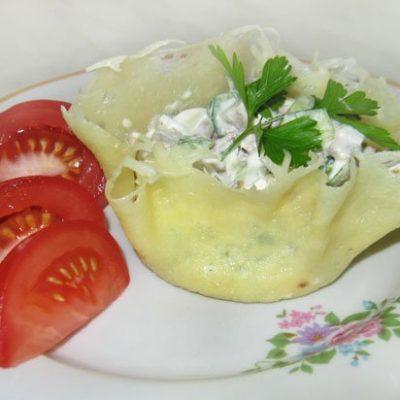 Сырные корзинки с салатом из языка - рецепт с фото