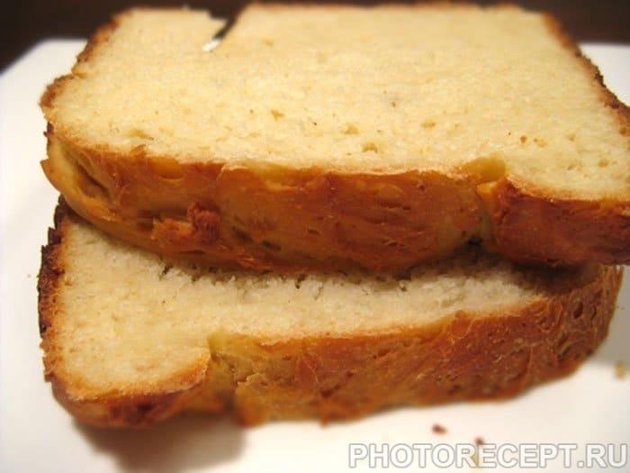 Сырный белый хлеб в хлебопечке