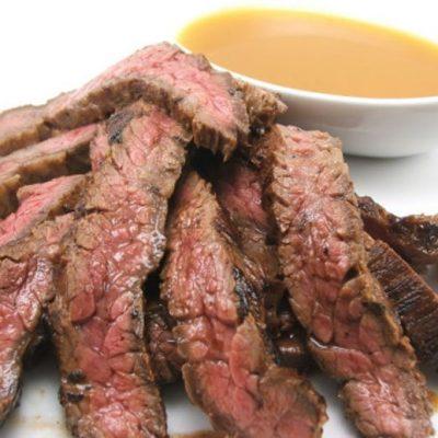 Стейк маринованный с «тройным» цитрусовым соусом - рецепт с фото