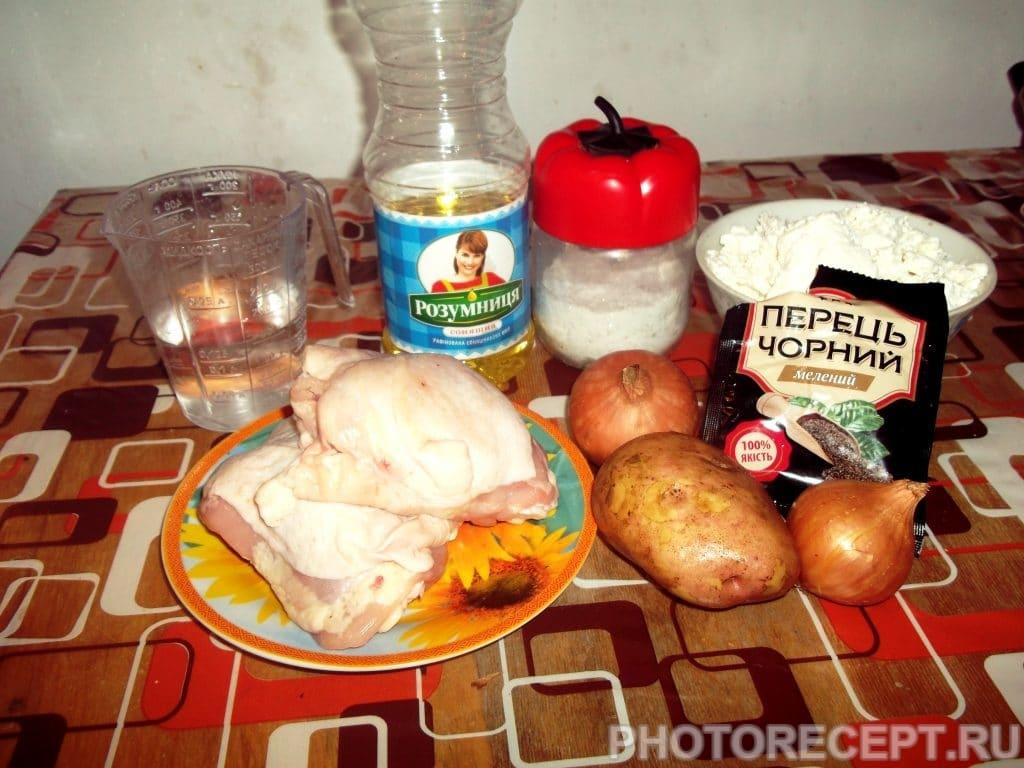 Фото рецепта - Хрустящие куриные котлетки - шаг 1