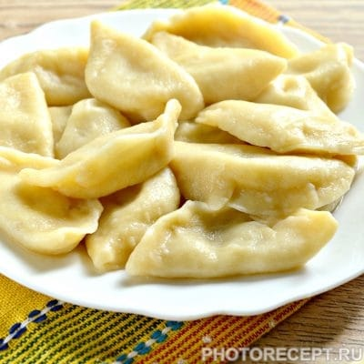 Вареники с картошкой и салом - рецепт с фото