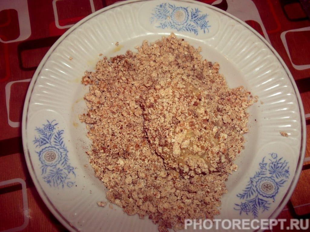 Фото рецепта - Хрустящие куриные котлетки - шаг 12
