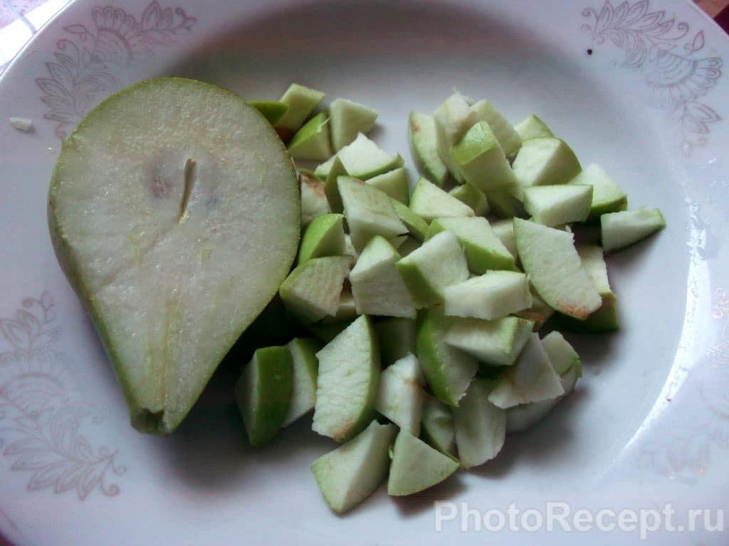 Фото рецепта - Сырники с карамелизированными фруктами - шаг 4