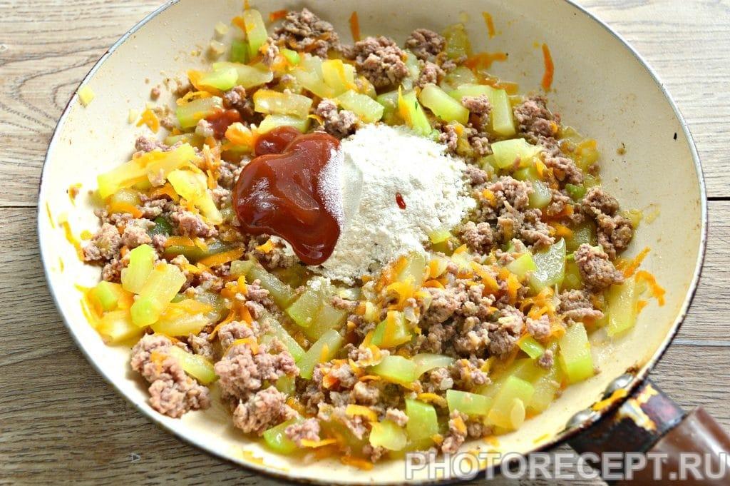 Фото рецепта - Гуляш из фарша с овощами - шаг 5