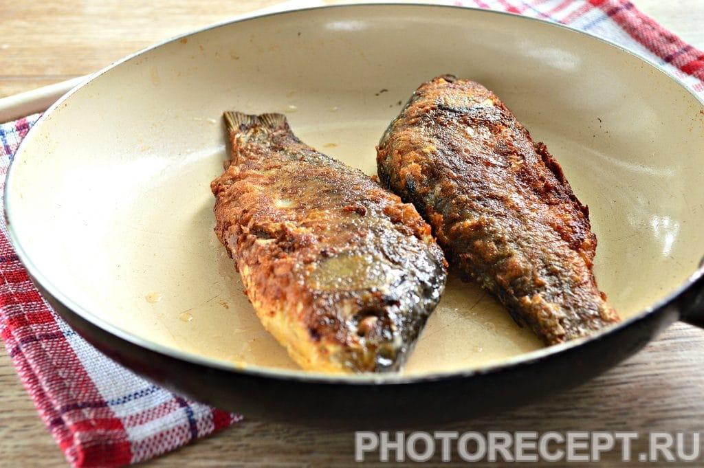 Фото рецепта - Рыба жареная в майонезе на сковороде - шаг 5