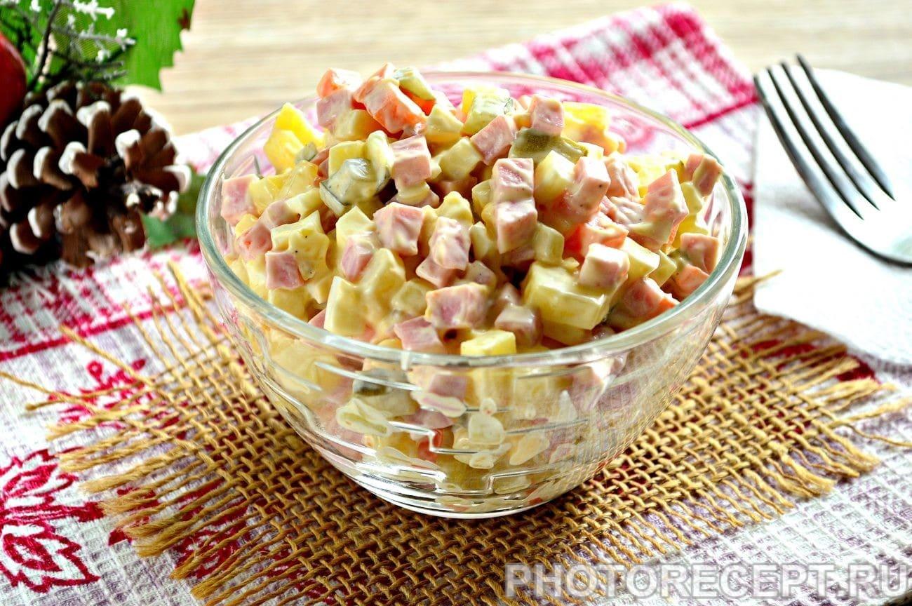 Рецепты салатов оливье с колбасой и соленым огурцом
