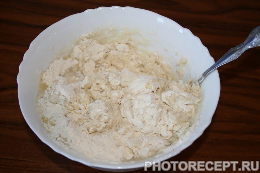 Фото рецепта - Вкусные чебуреки из индюшиного фарша - шаг 2