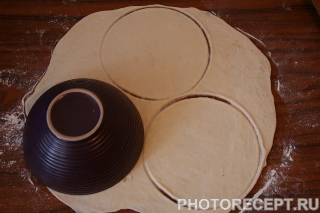 Фото рецепта - Вкусные чебуреки из индюшиного фарша - шаг 14
