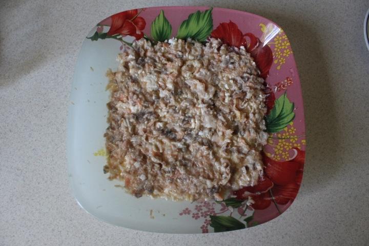 Фото рецепта - Нежный салат Мимоза с лососем - шаг 5