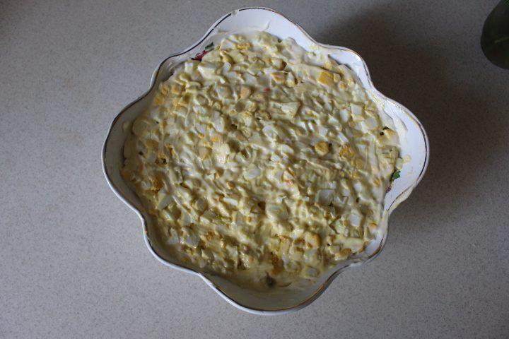 Фото рецепта - Салат «Бабье лето» с лесными грибами - шаг 15