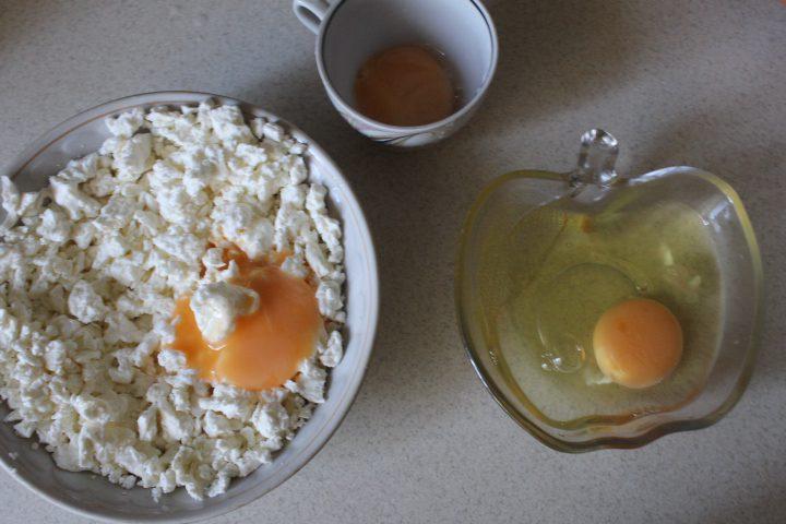 Фото рецепта - Ароматные ватрушки - шаг 7