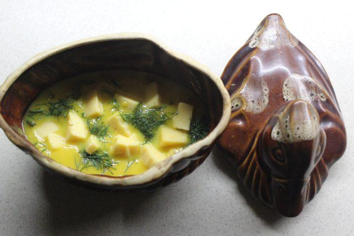 Фото рецепта - Тыквенный суп-пюре с чесночными сухариками и сыром - шаг 13