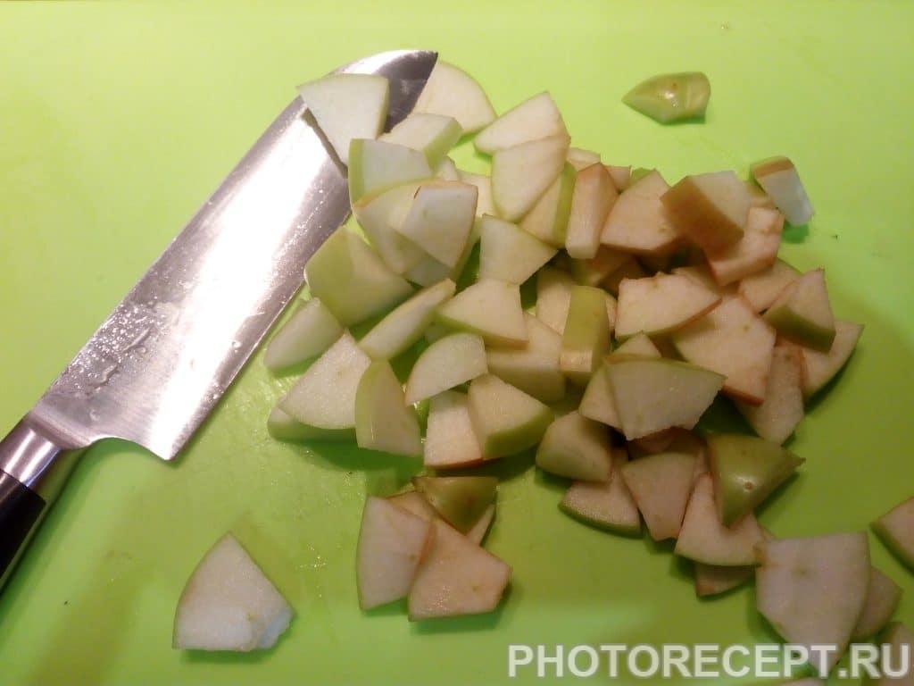 Фото рецепта - Салат с ананасом «Экзотика» - шаг 6