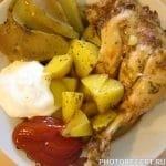 Курица с картошкой и яблоком на углях