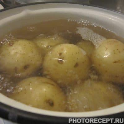 Фото рецепта - Тёплый салат с лисичками - шаг 1