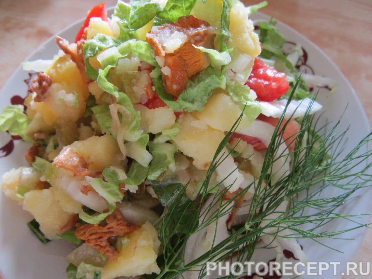 Салат с лисичками и курицей рецепт пошагово