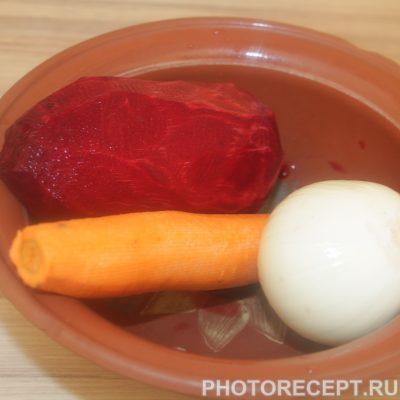 Фото рецепта - Борщ со свеклой нарезанной соломкой, на мясном бульоне - шаг 2