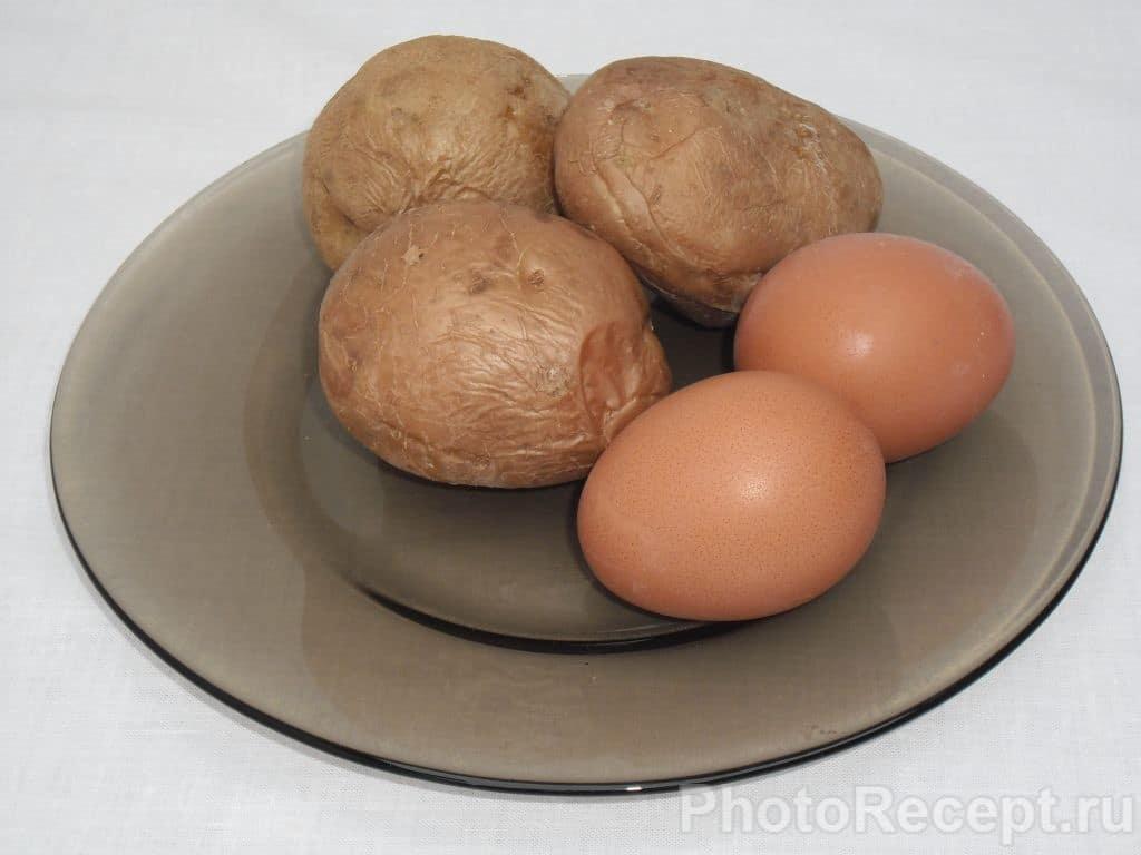 Фото рецепта - Сытный и быстрый салат из огурцов - шаг 2