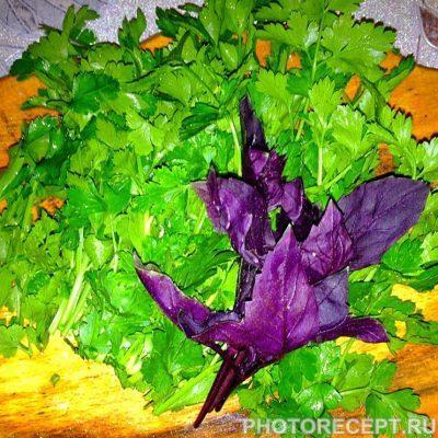 Фото рецепта - Классический салат Оливье с курицей - шаг 8