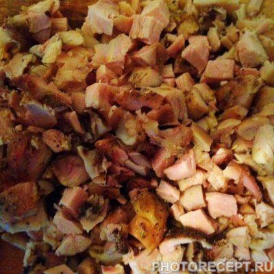 Фото рецепта - Классический салат Оливье с курицей - шаг 5