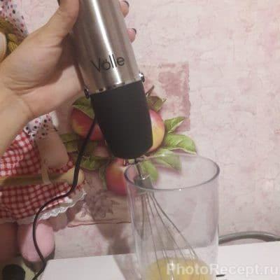Фото рецепта - Нежнейшие блинчики с помощью блендера - шаг 2