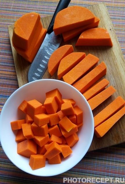 Фото рецепта - Тыквенная каша с медом и изюмом «Золотая осень» - шаг 3
