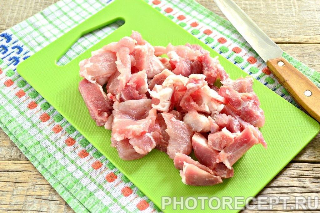 Фото рецепта - Мясо с овощами на сковороде - шаг 1