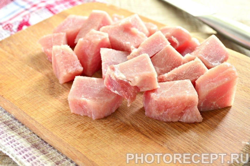 Фото рецепта - Бифштекс из свинины на сковороде - шаг 1