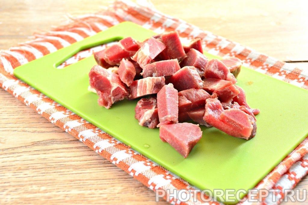 Фото рецепта - Жаркое по-домашнему с говядиной - шаг 1